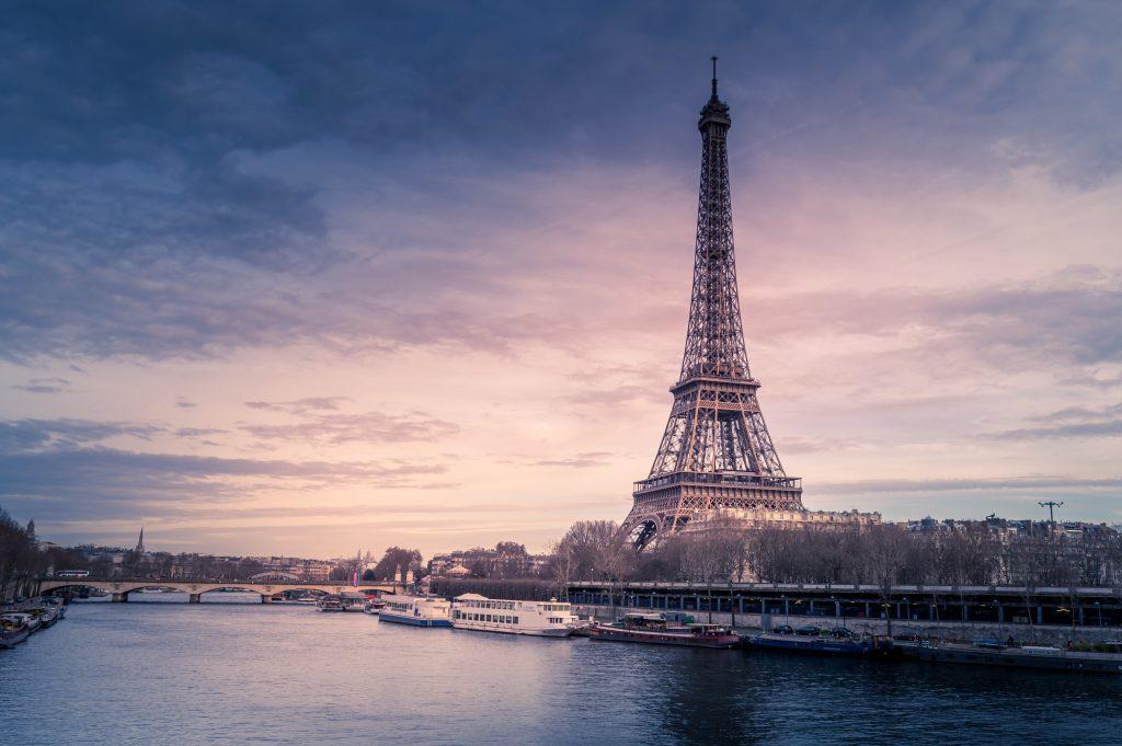 Eiffelturm im Winter