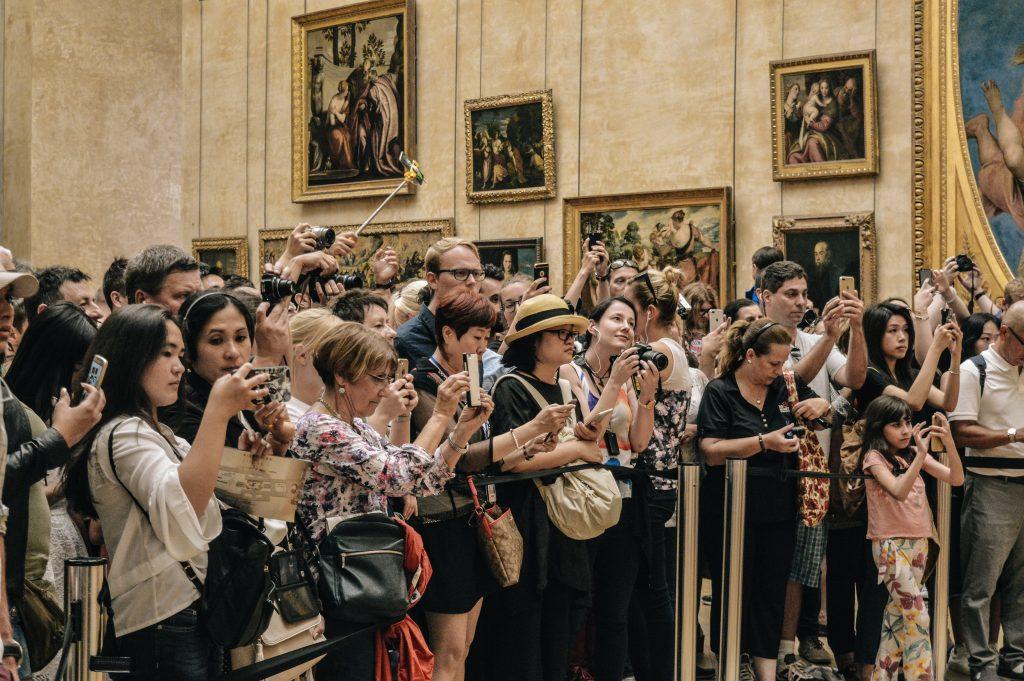 Mona Lisa Andrang im Louvre
