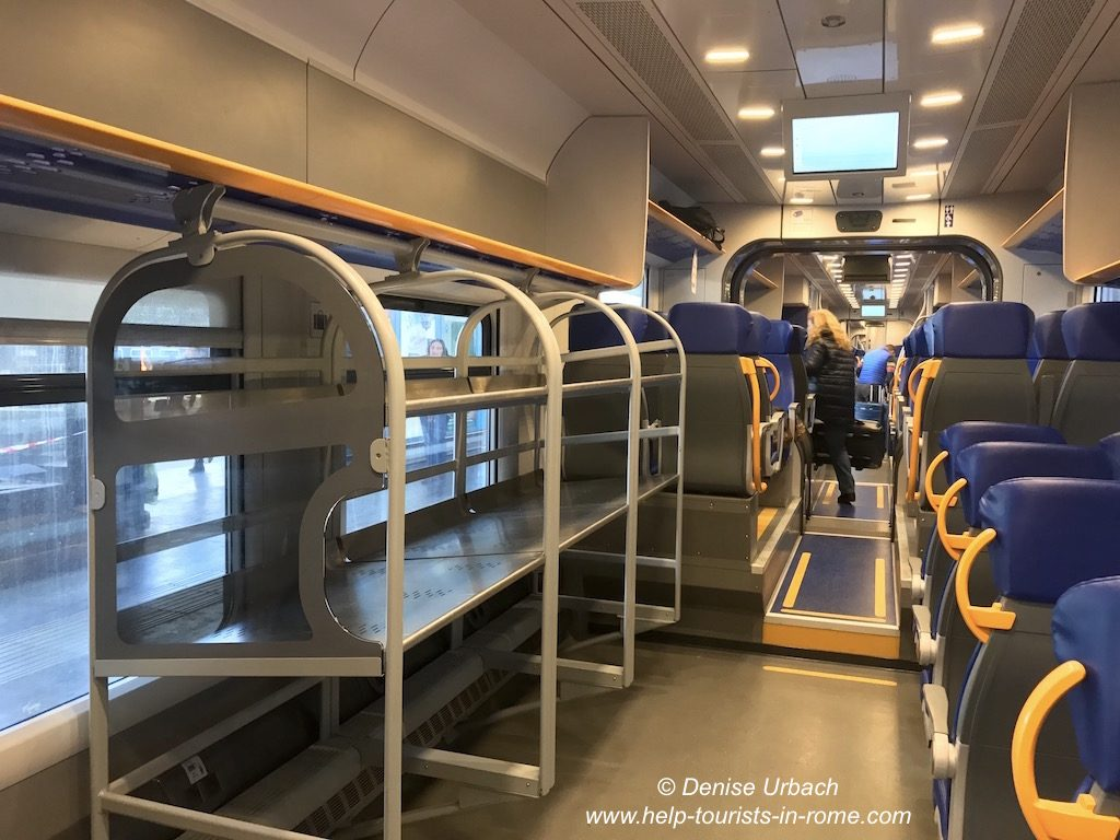 Leonardo Express Innen