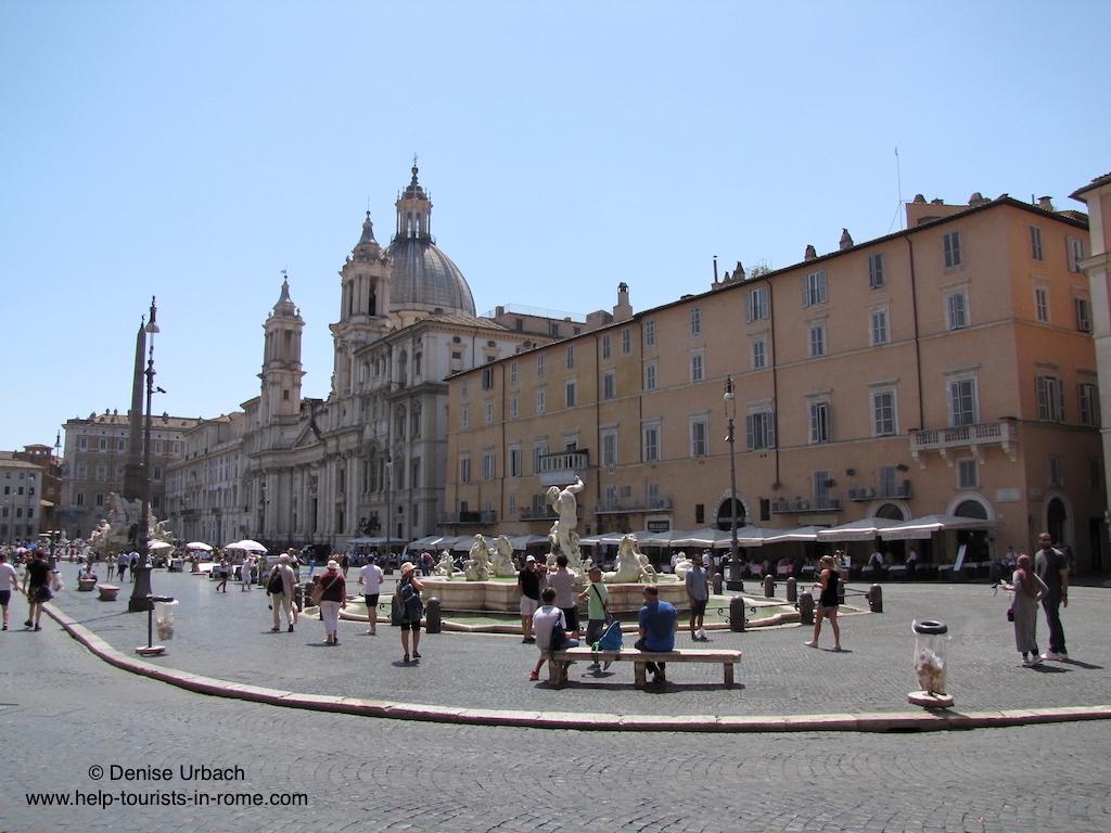 square-piazza-navona-in-rome