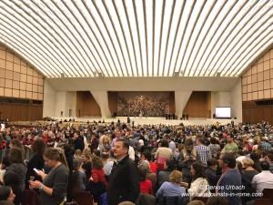 Pilger bei Papstaudienz in Rom