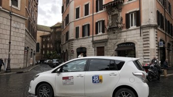 Taxis Rome: Airport transfer to city, rates and phone numbers