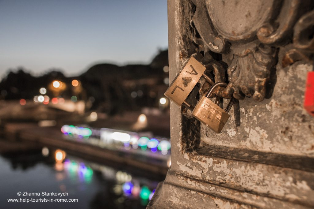 locks at Ponte Cestio Rome