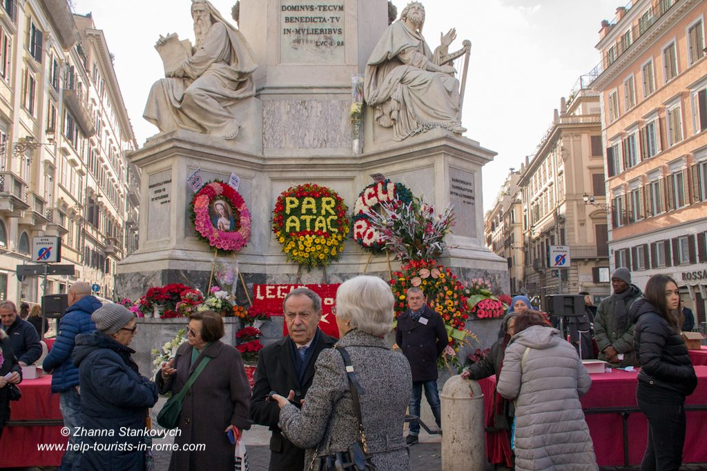 Marian Column Rome Flower Wreaths