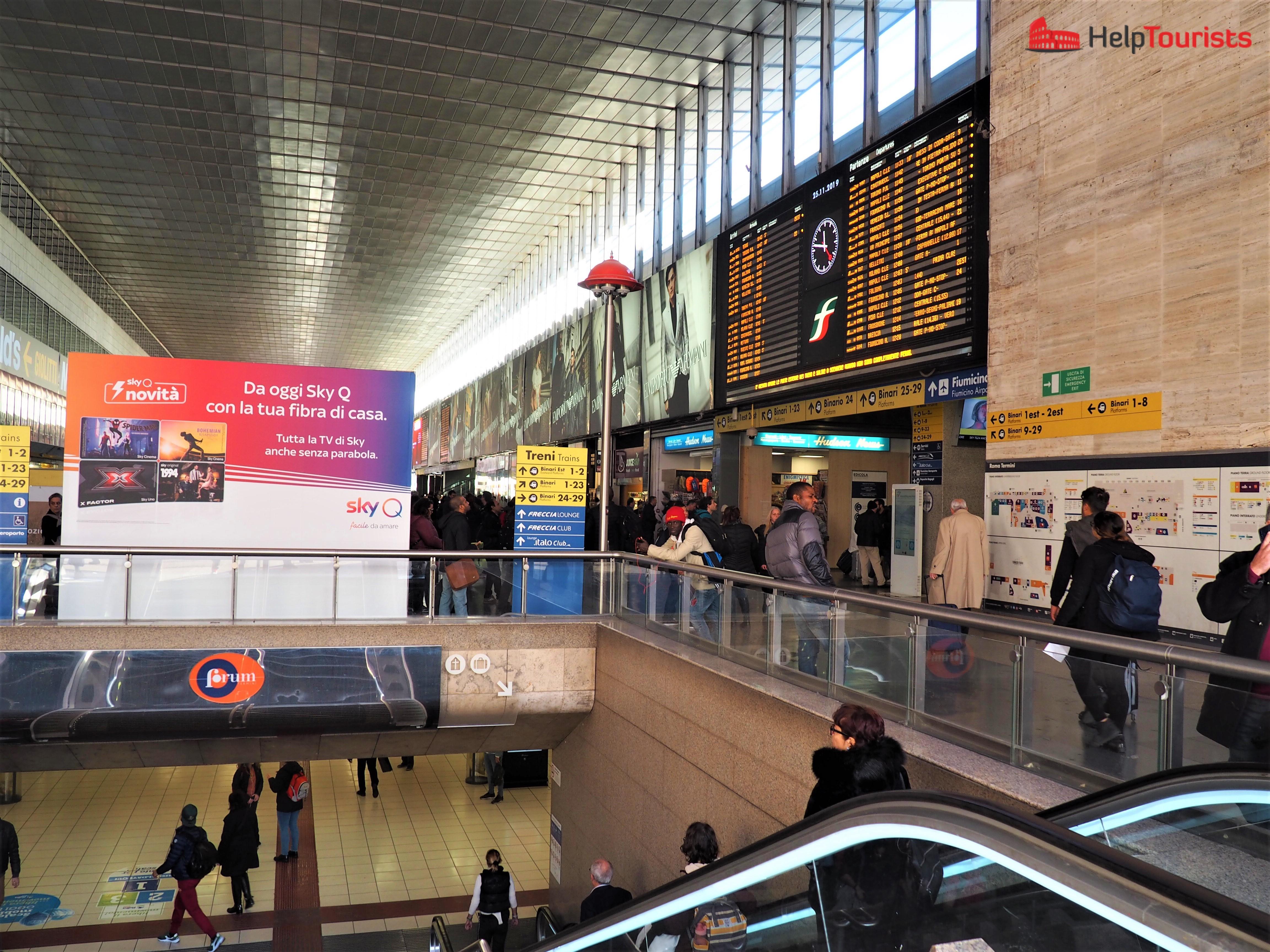 Rom Hauptbahnhof Termini ganz