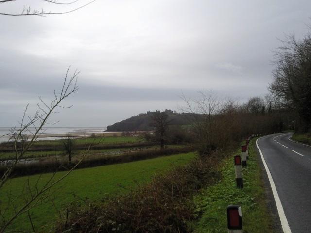Approaching Llansteffan - the Towy is on the roght and Llansteffan Castle dead ahead
