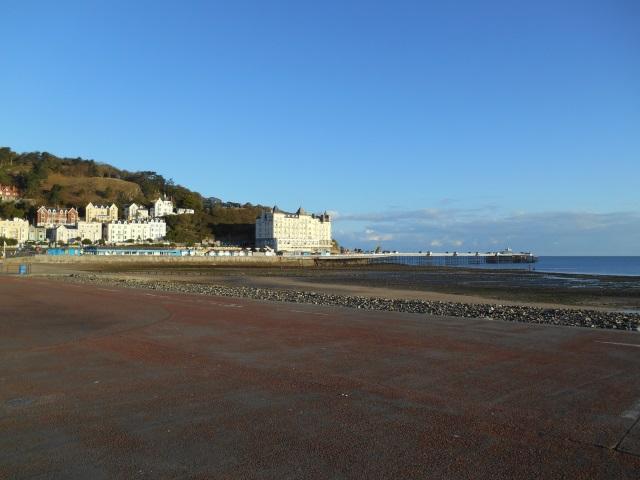Grand Hotel & Llandudno Pier