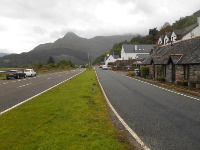 Old road besie the new entering Glencoe