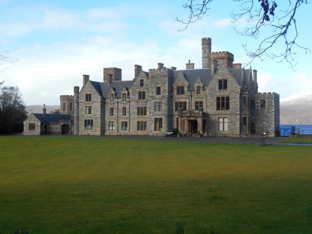 Dunscraig Castle