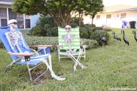 DIY Skeleton Lawn Decorations for Halloween
