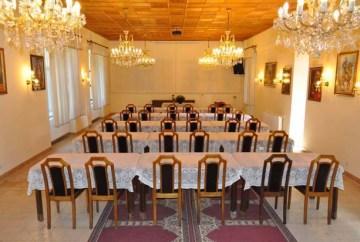 Kishantos-Kishantosi kastély-Fejér-rendezvény-konferencia-fenntarthatóság-vidékfejlesztés-egészséges életmód-bio-öko-falusiturizmus-vegyszermentes-bio élelmiszer-rendezvényhelyszín-konferenciahelyszín-kemence-grillterasz-esküvő