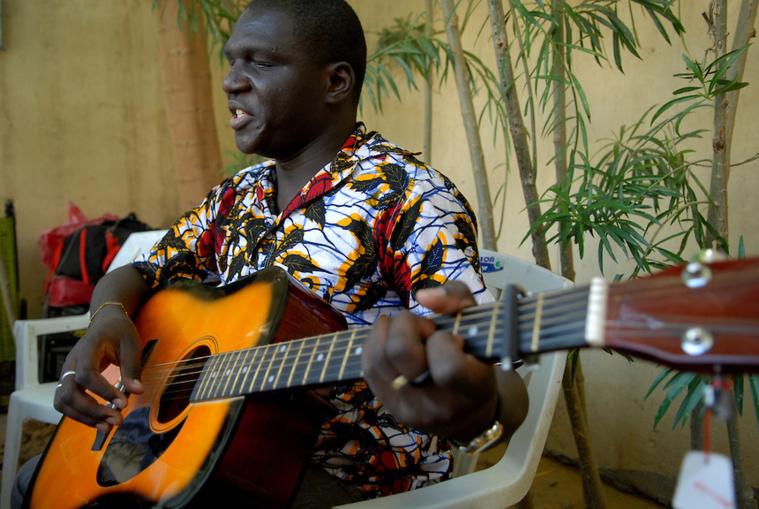 Tchad: Le député Béral Mbaïkoubou, l'espoir des handicapés au sein du parlement