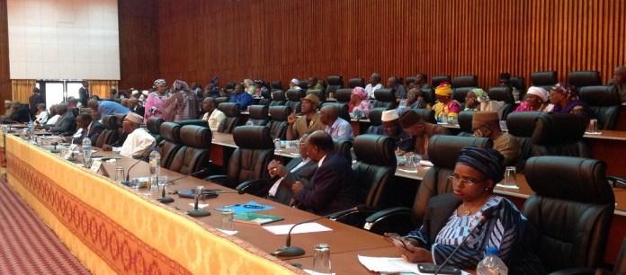 Les parlementaires guinéens lors de l'examen du code civil (2ème lecture) ce 9 mai 2019. © Abdoulaye Alpha Diallo/ HA