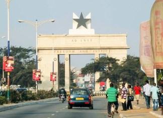 Vue panoramique de la ville d'Accra, Ghana © HA