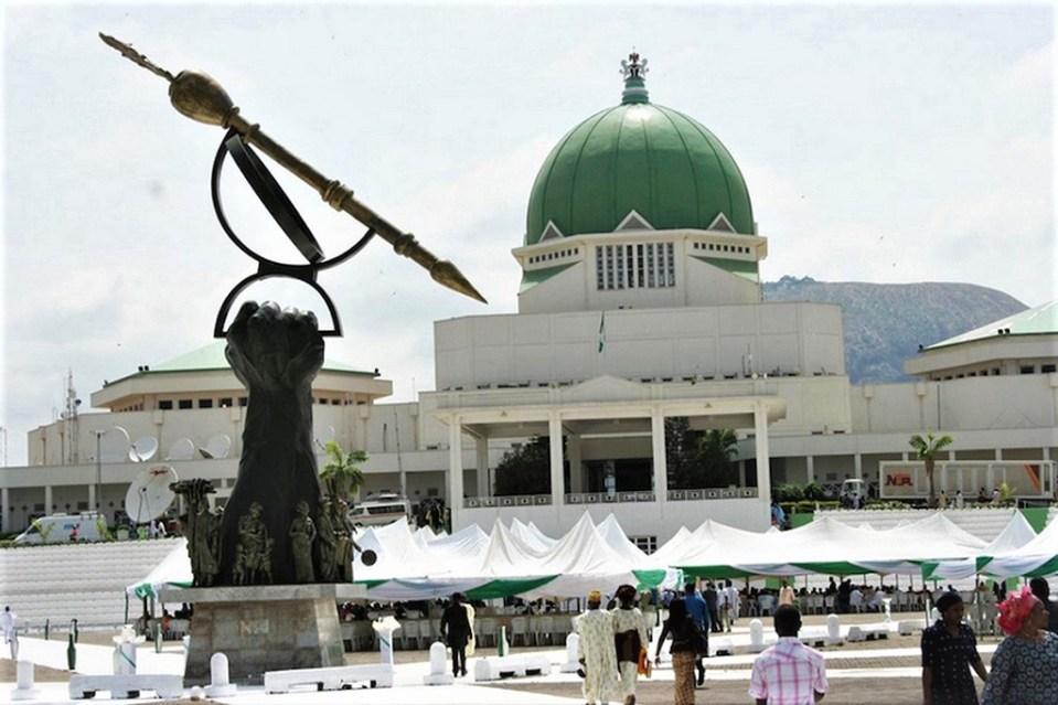 L'augmentation du budget du parlement fait débat