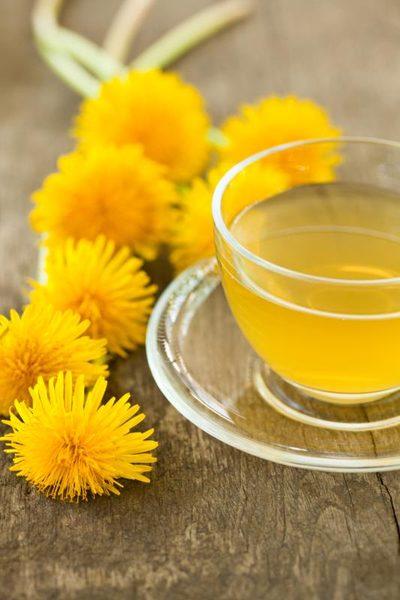 Trateaza hemoroizii cu ceaiul de papadie