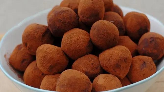 CBD infused Chocolate Truffles - Hempful CBD Recipes