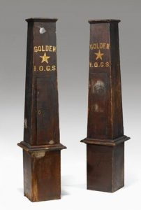 Picture of obelisks, Photo courtesy of Freeman's Auction,