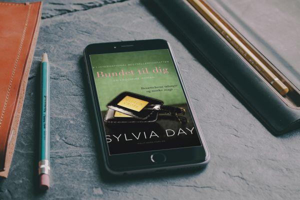 """""""Bundet til dig"""" Crossfire #3 af Sylvia Day - boganmeldelse - Bogfinken bogblog"""