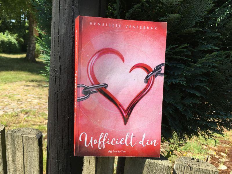 14 dage i Austin + Uofficielt din af Henriette Vesterbak - Bogfinkens bogblog