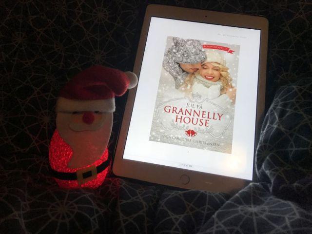 Jul på Grannelly House af Anja Carolina Christensen - Bogfinkens bogblog