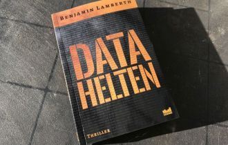 Datahelten af Benjamin Lamberth - Bogfinkens bogblog