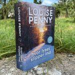Hvor lyset slipper ind af Louise Penny - Bogfinkens bogblog