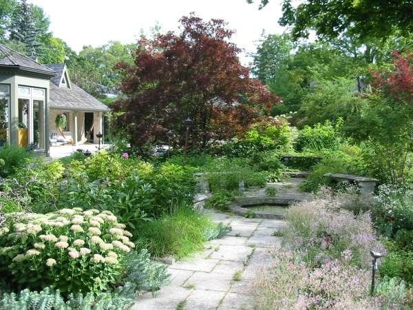 landscaping hendog's crib