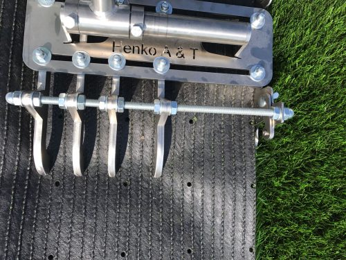 Henko Knife Cut Seams Joints Synthetic Grass