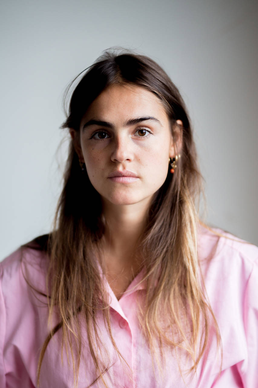 Olivia Lonsdale  Henneman Agency
