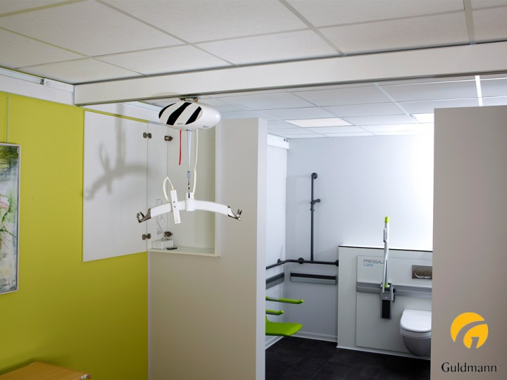 Medico device class 1 ceiling hoist wall mounted with project manager Henning Kristensen