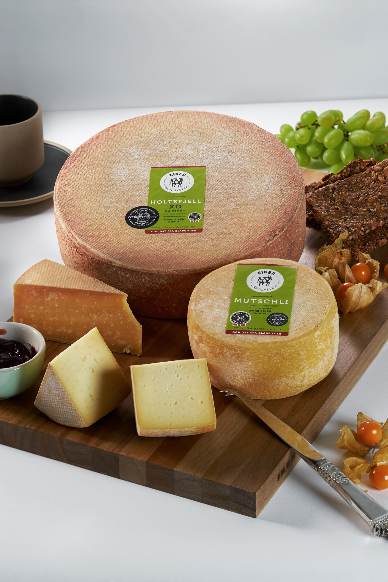 Lifestyle cheese shot for local cheese producer