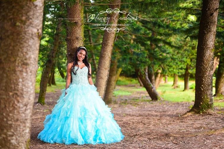 Fotografo Santo Domingo-Fotografo Republica Dominicana-Henny Cordones-quinceanera-quince-15-xv-profesional-bodas-botanico-ofertas-vestido de quinceanera-traje-sesion-fotos-album (2)