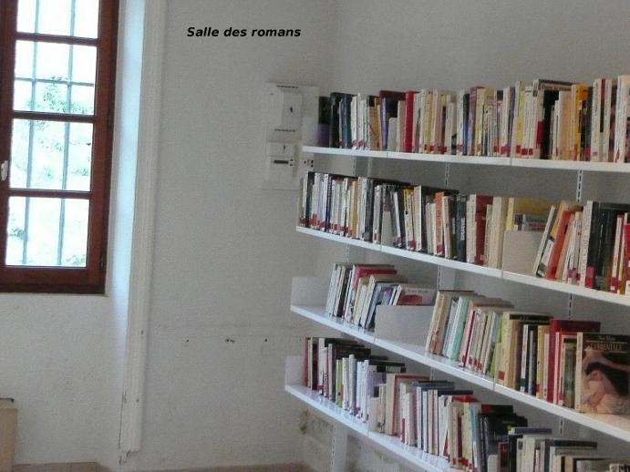 salle des romans adultes