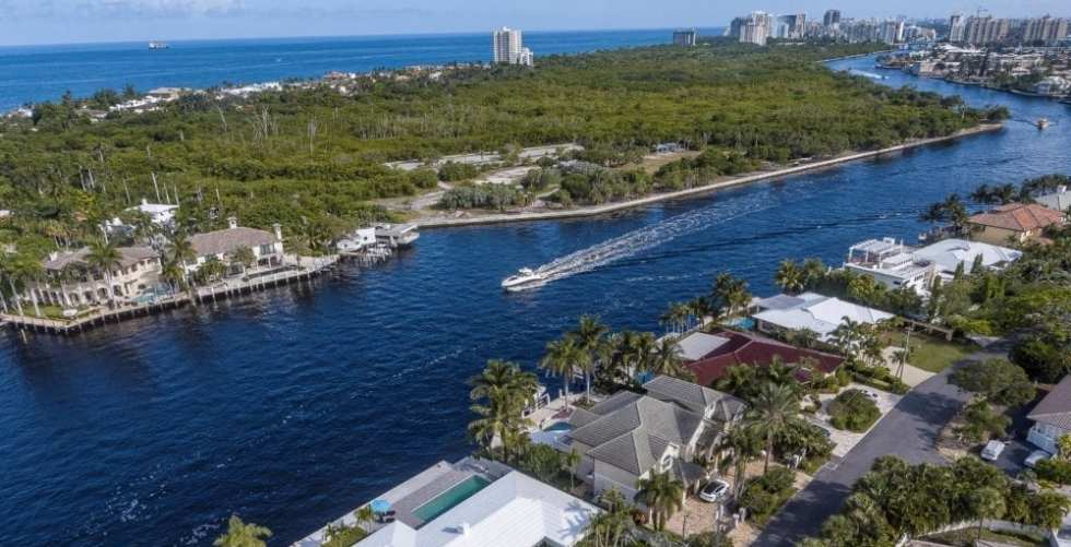 Aerial View Of An Intracoastal Waterway In Fort Lauderdale Area