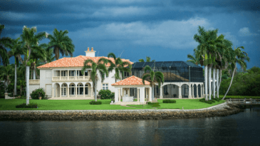 Luxury Waterfront Homes For Sale