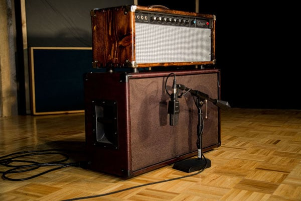 Custom Built Guitar Cabinet with AKG C414 Eb
