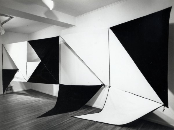 Karen Carson. Four Panel Zipper Piece 1972. Canvas