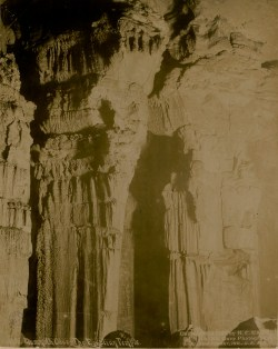 Mammoth Cave, The Egyptian Temple H. C. Ganter, Ben Hains. Source Gallica/BnF.