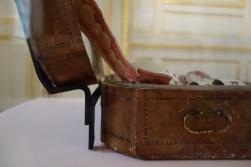 Manufacture de Meissen, Cabaret à décor vert et rose, porcelaine dure. Sèvres, Cité de la céramique. Photographie personnelle.