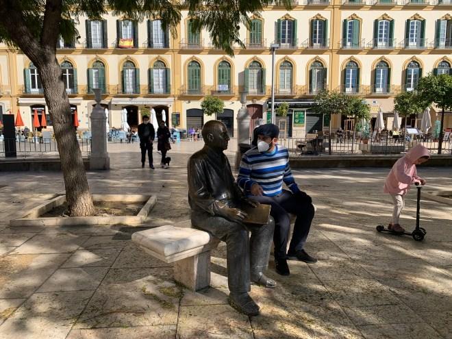 Estatua de Picasso en Plaza la Merced, Málaga