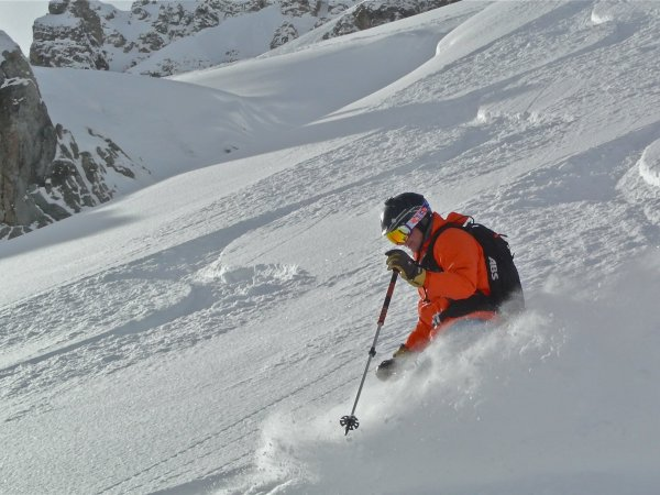 Off Piste Val d'Isere HAT