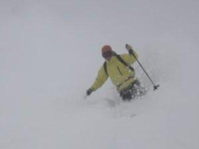 Skier off piste HAT Val d'Isere