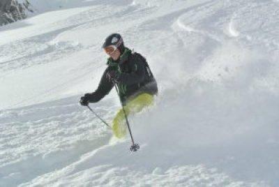 HAT off piste ski val disere