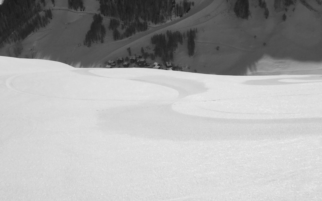 HAT off piste snow & weather report