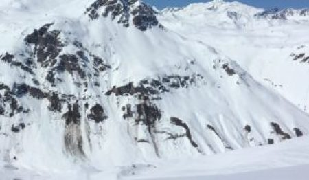 Glide cracks mean snowpack stability
