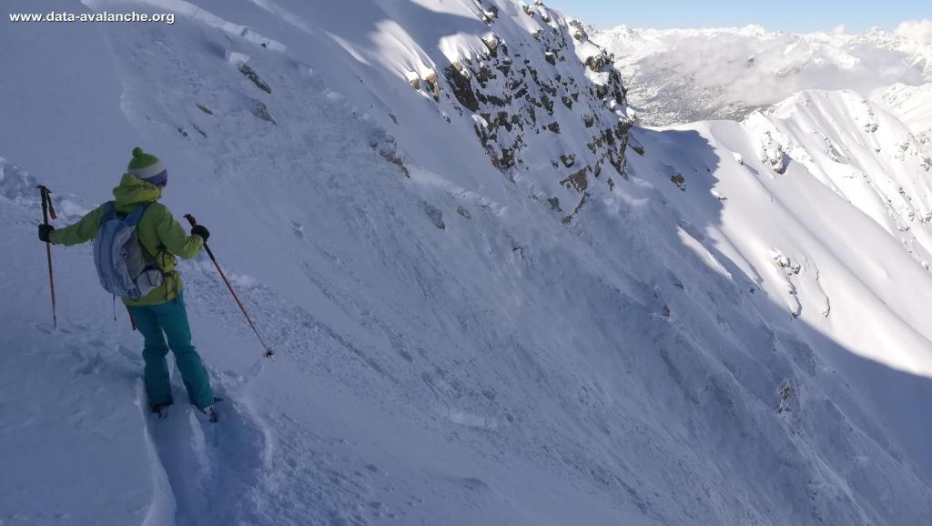 Skier-triggered avalanche