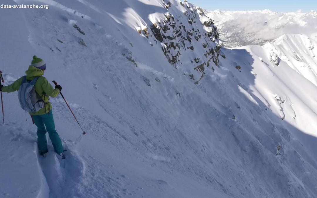 Skier-triggered Avalanche in the Queyras