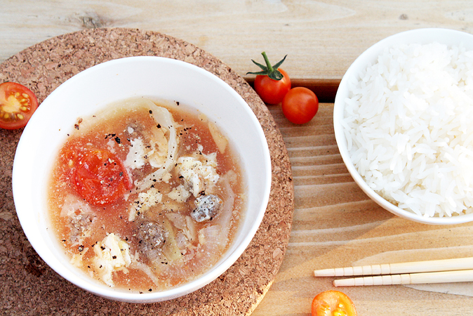 beef cabbage tomato egg-drop soup