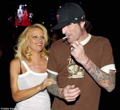 pamela-anderson-hepatitis-c-jonny-lee